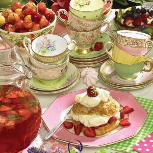 Strawberry Tea 500 Piece Cobble Hill Jigsaw Puzzle
