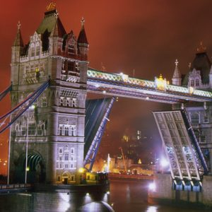 Sights - Tower Bridge 1000 Piece Panorama Heye Puzzle