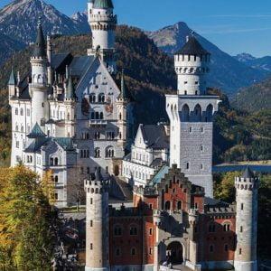Neuschwanstein 1000 Piece Jigsaw Puzzle