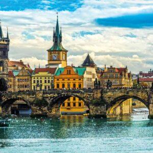 View of Prague 2000 Piece Jigsaw