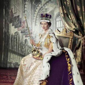 Queen Elizabeth II 1000 Piece Puzzle - Eurographics