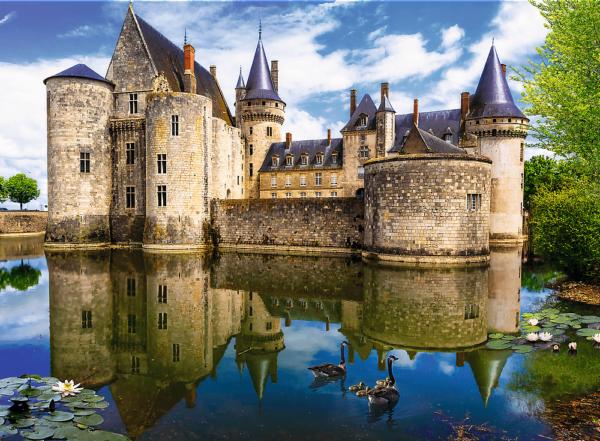 Sully-Sur-Loir Castle France 3000 Piece Puzzle - Trefl